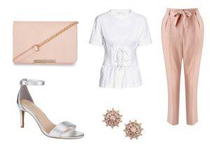 Kabelku lze zakoupit v prodejnách Lindex, tričko a náušnice lze zakoupit v prodejnách H&M, boty a kalhoty lze zakoupit v prodejnách F&F